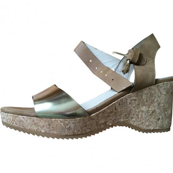 Boden Johnnie Leather Gold Cork Wedge Sandals